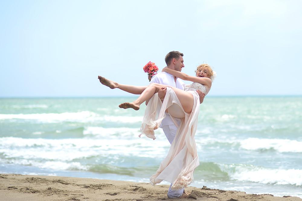 ausgefallene Hochzeitsfotos am Strand